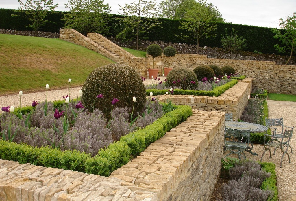Raised beds - the benefits of raised beds in your garden by Anderson Norman Landscapes