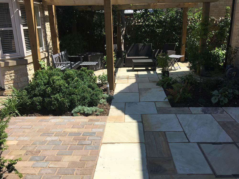 Minchinhampton Contemporary Garden