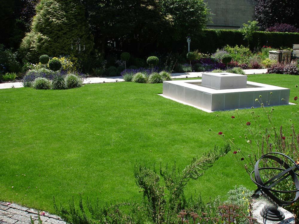 Rodborough Cottage Garden