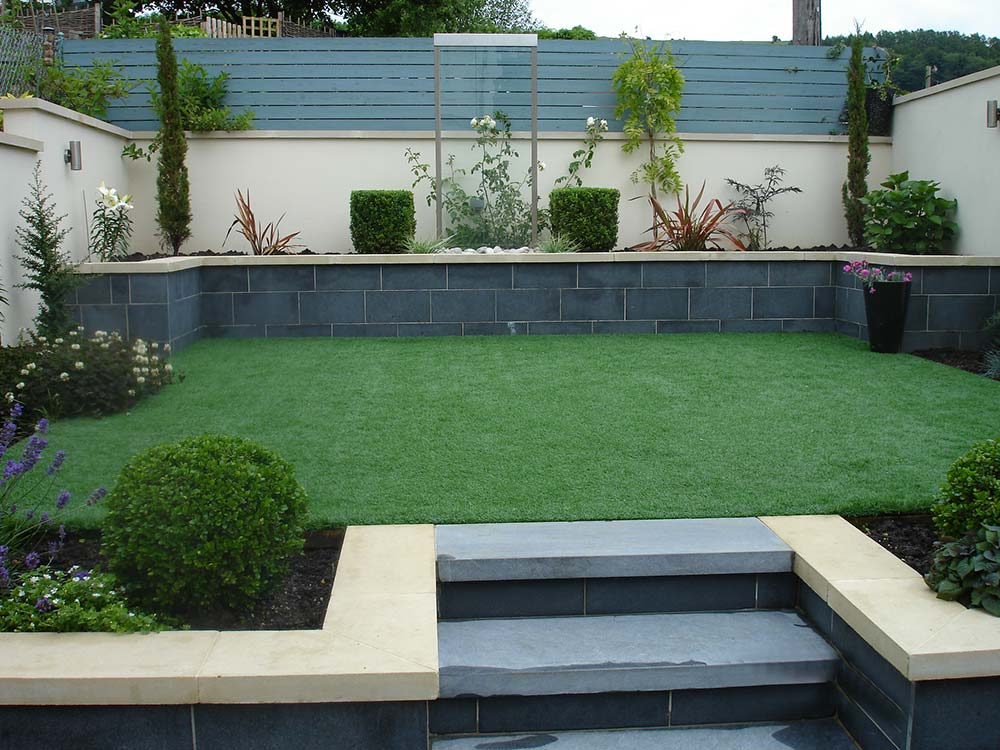 Stroud Small Garden