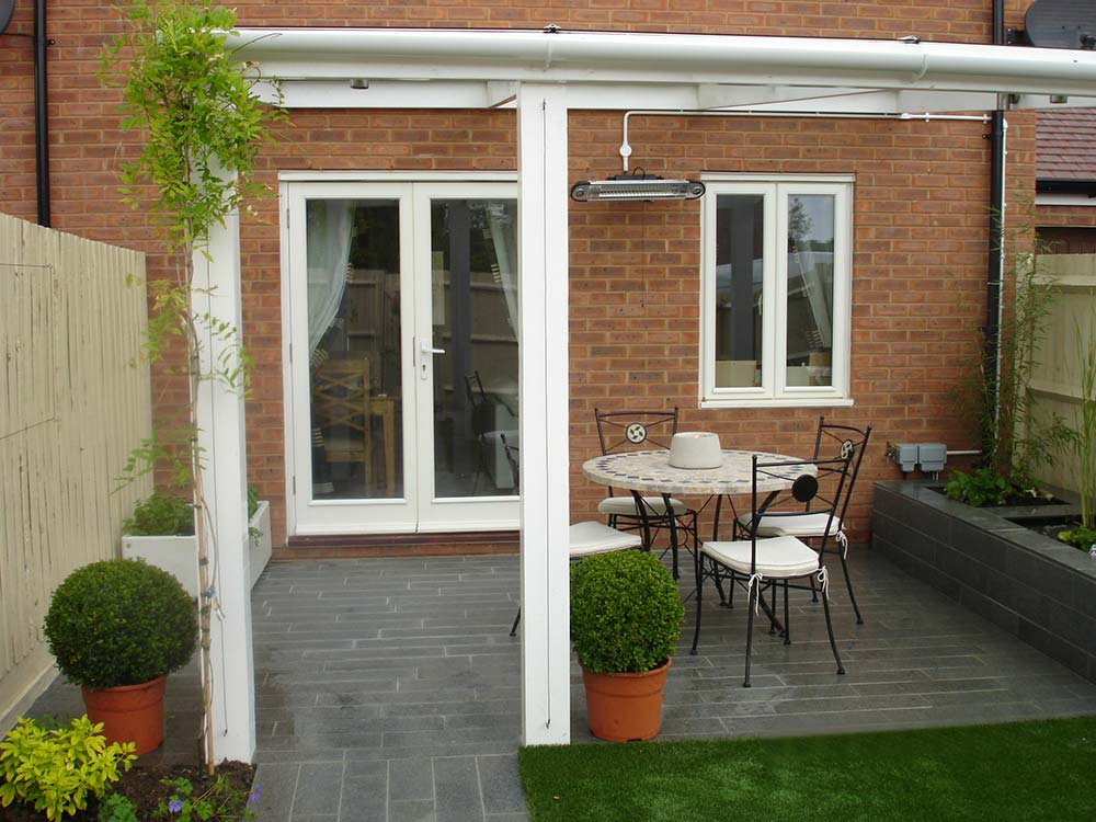 Wotton Small Garden New Build